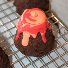 Wants and Wishes: Dinosaur Party: molten lava volcano cakes tutorial