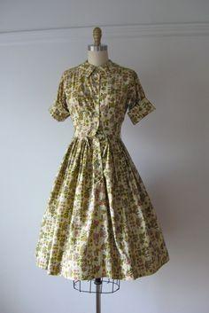 vintage 1950s cotton dress / Pressed Flowers