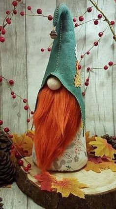 I had red hair until it turned a nice shade of moonlite grey. Some red left tho! Red haired gnome.