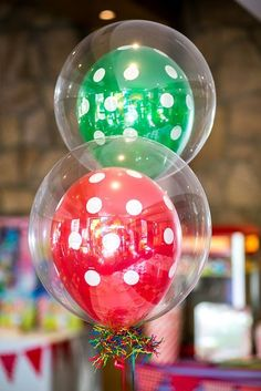 Last minute DIY balloon ideas for birthday parties and more using dollar store supplies that will make your party rock. Easy DIY balloon tutorials for kids.