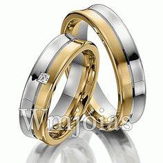 Alianças de noivado e casamento modelo Côncava em ouro amarelo 18kilates 750 e prata 950. Alianças com 5,5 mm de largura e peso de 10 a 12 gramas o par.