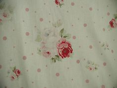 Yuwa Vintage Appeal Gorgeous Pink  Roses on Cream Pink  Dots Linen Union