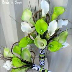 Bridal bloom green an damask bouquet.