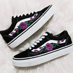 05c0e6590f Rose Buds Purple Blk Low-Top Unisex Custom Rose Embroidered-Patch Vans  Old-Skool Sneakers