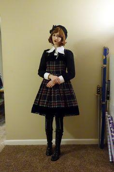Super super cute tartan Lolita outfit *0*