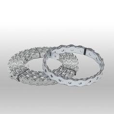 Las cintas son de chapa fina de acero galvanizado y se utilizan para fijar, colgar y conectar los elementos de construcción u otros elementos.