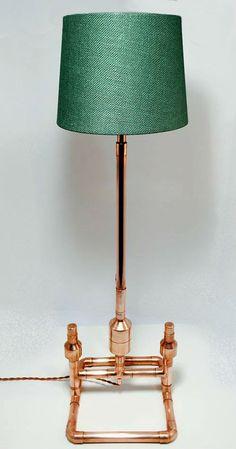 Lámpara de sobremesa cobre cisne por HLFDesignCO en Etsy                                                                                                                                                                                 Más