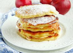 serowe placuszki z jabłkami Pancakes, Breakfast, Food, Morning Coffee, Essen, Pancake, Meals, Yemek, Eten