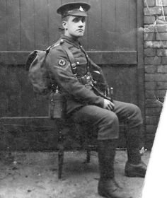 Diary of a WWI hero to be posted online 100 years to the day, each day the entry was written: Private Arthur Linfoot volunteered for the Royal Army Medical Corps when he was 25 years old in 1915. He kept a journal of his experiences while in the trenches of France. The journal begins on January 1, 1914 and ends on December 31 1918. Visit the blog run by his grandson: http://www.arthurlinfoot.org.uk/