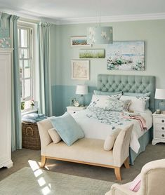 Pretty and fresh! The wind blown shape of the quilt print matches that of the wall hangings.