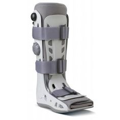 Aircast AirSelect Walker -The Standard walking boot offers a moderate level of support and Aircast's quality, effectiveness and comfort in an economical model. The main indications for the Standard are:  Stable fracture of foot/ankle/lower leg Severe ankle sprain Post-operative immobilization  Visit our store for sizing information
