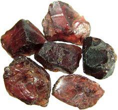 Değerli Taşlar: Grenatlar Lal Taşı Gold Miners, Rocks And Minerals, Natural Stones, Gemstones, Nature, Jewelry Design, Geology, Crystals, Stones