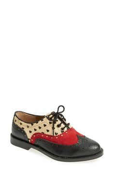 Free shipping and returns on DV by Dolce Vita 'Toledo' Wingtip Oxford (Women) at Nordstrom.com. Vintage-style broguing details a menswear-inspired wingtip oxford that strikes the perfect balance between practical and playful.