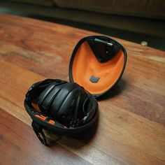 V-Moda has been making audio hardware since 2004, but the Crossfade II is only their second over-ear Bluetooth pair. It maintains the staple traits of V-Moda audio gear: nice build quality, hexagonal ear cup design and a balanced, but deep and powerful sound profile.  But it's also weird: The black version seen here doesn't support aptX — only the rose-gold version does. A quick refresher for you: aptX is a codec that significantly improves wireless sound quality, to the point where some…