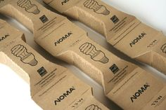 Sustainable CFL Bulb Packaging-love the detachable pods idea! Clever Packaging, Paper Packaging, Brand Packaging, Design Packaging, Packaging Design Inspiration, Design Ideas, Branding Materials, Sustainable Design, Design Reference