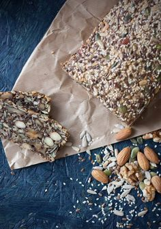 This stone age bread recipe consist of 6 kinds of nuts, grains and seeds, olive oil, eggs and salt. It's this kind of bread where you get what you see.
