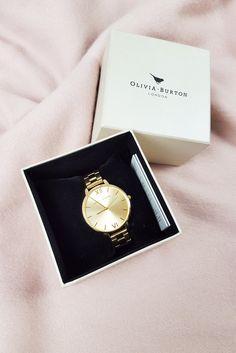 OLIVIA BURTON Ladies Big Dial Bracelet Watch / Gold