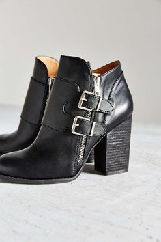 Isabella Buckle Ankle Boot - Urban Outfitters