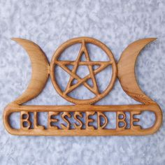 Triple Moon Goddess Blessed Be with Pentacle Celtic Knot Wood Carving-Celtic Goddess-Three Aspects of Woman Pagan Altar, Wiccan, Witchcraft, Triquetra, Pentacle, Greek Pantheon, Triple Moon Goddess, Moon Images, Thing 1