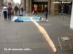 Julian Beever is an English chalk artist who has been creating trompe-l'œil chalk drawings on pavement surfaces since the He uses a projection technique called anamorphosis to crea… 3d Street Art, Street Art Graffiti, Street Artists, Graffiti Artists, 3d Art Painting, Street Painting, Art 3d, Art Paintings, Chalk Artist