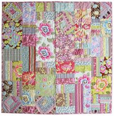 Amy Butler Design....Gypsy Caravan Fat quarter quilt pattern, free! <3  Love the colors and a great idea to use up scrap fabric! :)