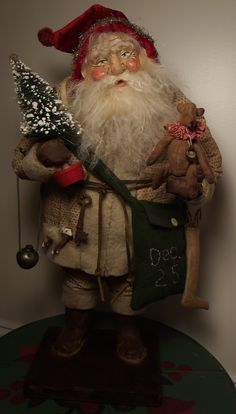 Father Christmas, Christmas Love, Retro Christmas, Vintage Santa Claus, Vintage Santas, Primitive Santa, Santa Pictures, Santa Doll, Santa Claus Is Coming To Town