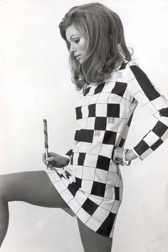 7 ways the changed the way we dress forever – Women Block 60s Fashion Trends, 60s And 70s Fashion, 60 Fashion, Young Fashion, Fashion History, Vintage Fashion, Fashion Design, 1960s Fashion Women, Estilo Mod