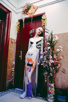 12d3495c3316e007-Oyster Fashion: 'Chinatown' Shot By Christine Hahn