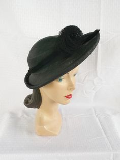 1940's Vintage Black Straw Hat with Net Rose Size 22.