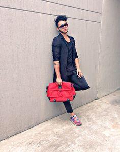 Today wearing look  @bolarodesign  #BLRstyle #latino #models #malemodel #menswear #blogger #fashion #fashionblogger #fashionista #menstyle #style #streetstyle  : @nicollelafaurie