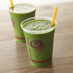 #selenagomez #coctails Tropical Greens ™:  Exactly 4 days ago, namely, June 4, 2015, Ms. Gomez has pleased us with new photos from the paparazzi. Selena and her best friend - Ashley Cook, strolling in Woodland Hills with a glass of fresh tropical juice cafe Jamba Juice.  The composition of this juice include apple, pineapple, and the seeds from the island of Chia. This is one of the islands, which will never be empty.  The cocktail comprises at least two servings of fruit and 4 servings of…