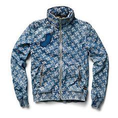 Denim from recycled ocean plastic Pharrell Williams, G-star Raw, Patterned Jeans, Raw Denim, Denim Fashion, Fashion Men, Her Style, Menswear, Hoodies