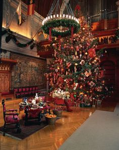 Christmas at Biltmore House. Biltmore House's holiday centerpiece, a  34-foot Fraser fir, spends the holidays in  the 72-foot high Banquet Hall, adorned with  lights and surrounded by gifts.