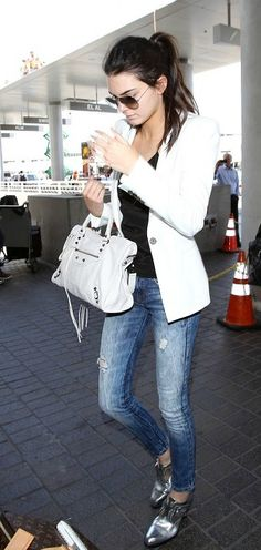 White blazer + distressed jeans + shiny loafers = win.