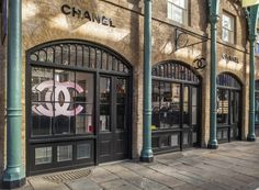 Chanel pop-up store offers bridal beauty services in London for £90