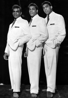 O'Kelly Isley, Jr., one of the founding members of the family group The Isley Brothers was born today 12-25 in 1937. He passed in 1986. L-R here Ronald, O'Kelly and Rudy.