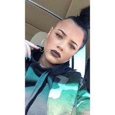 Side cut . #girlswithshavedheads #girlswithbuzzcuts #buzzcut #buzzcuts #girlswithbuzzcut  #nohairdontcare #Happy #shorthairstyles #hairstyle #shavedheadgirl #clipper #shavedhead  #shavedhair #baldhead #baldisbeautiful #baldgirl #baldgirls #baldandbeautiful #baldbeauties #baldbeauty #hair #Body # #love #yourself #women #krass #haircut #smile #glatze #haareab