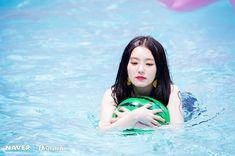 Red Velvet x Dispatch - Irene Irene Red Velvet, Red Velvet Seulgi, Park Sooyoung, Daegu, Kpop Girl Groups, Kpop Girls, Red Velvet Photoshoot, Miss Girl, Redvelvet Kpop