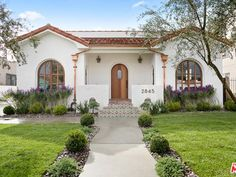 The property 2845 Ave, Los Angeles, CA 90018 is currently not for sale on Zillow. View details, sales history and Zestimate data for this property on Zillow. Spanish Bungalow, Spanish Style Homes, Spanish Revival, Spanish House, Spanish Colonial, Colonial Art, Spanish Villas, Hacienda Style, Facade House