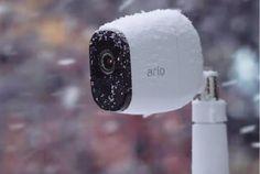 Беспроводная смарт-камера Netgear Arlo Pro с громкой сиреной