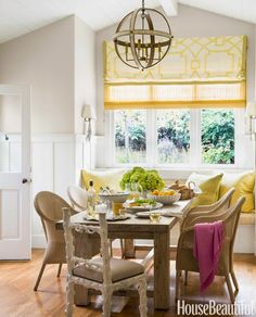 Mix and Chic: Home tour- A beautifully layered California home!