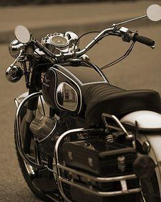 motobilia: moto guzzi by -TONYSAND