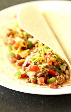 Sometimes the most simple dishes are the most delicious, like our favorite, Ground Turkey Soft Tacos. Ground Turkey Spaghetti, Ground Turkey Meal Prep, Ground Turkey Nutrition, Ground Turkey Tacos, Healthy Ground Turkey, Ground Turkey Recipes, Ground Turkey Soft Tacos Recipe, Wrap Recipes For Lunch, Lettuce Wrap Recipes