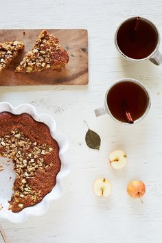 Spiced Apple Breakfast Cake with Oat Streusel  (gluten-free)