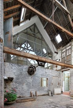 architecten de vylder vinck taillieu, Filip Dujardin · Tangram (How To Build A Shed With A Loft) Chalet Design, Loft Design, House Design, Modern Interior Design, Interior Architecture, Barn Renovation, Modern Barn, Modern Farmhouse, Building A Shed