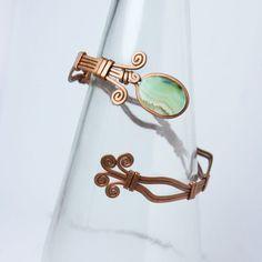 copper cuff adjustable bracelet with agate // wrist // by ArtePora