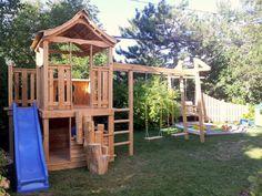module de jeux Cabanes et Jeux Ludo - Cabanes et Jeux Ludo Play Structures For Kids, Outdoor Play Structures, Backyard Playground, Backyard For Kids, Ludo, Play Houses, Big Kids, Gazebo, House Styles
