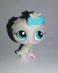 Littlest Pet Shop Grey Gray Owl Blue Bow Eyes #1476 Preowned LPS in Toys & Hobbies, Preschool Toys & Pretend Play, Littlest Pet Shop | eBay