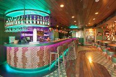 ¿Qué te parece una romántica cena en un espacio gastronómico de referencia en Madrid? Serrano Gourmet, en El Corte Inglés de Serrano 52. Fair Grounds, Fun, Travel, Madrid, Gourmet, Michelin Star, Stars, Wedding, Frames