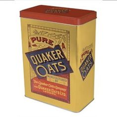 Quaker Oats Cereal Storage Kitchen Tin This beautiful reproduction Cereal Storage Tin will be a great additon to any kitchen Size long by Cereal Storage, Food Storage Boxes, Vintage Storage, Vintage Tins, Storage Canisters, Vintage Packaging, Emergency Supplies, Cake Tins, Tin Boxes